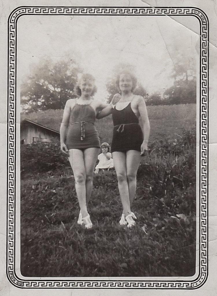 Marie and Margaret Schott, 1938