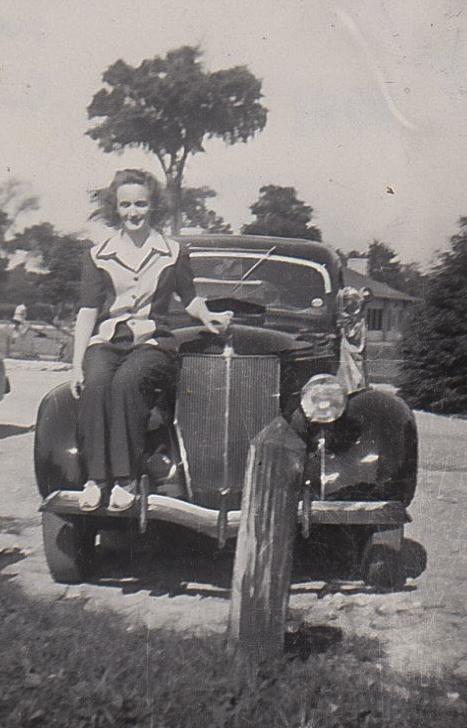 Marie Schott, Firestone Park , 1944